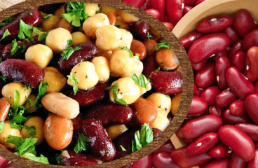 Easy Kidney Bean and Chickpea Salad (Red Kidney Bean Salad Recipe in 7 Steps)<span class=
