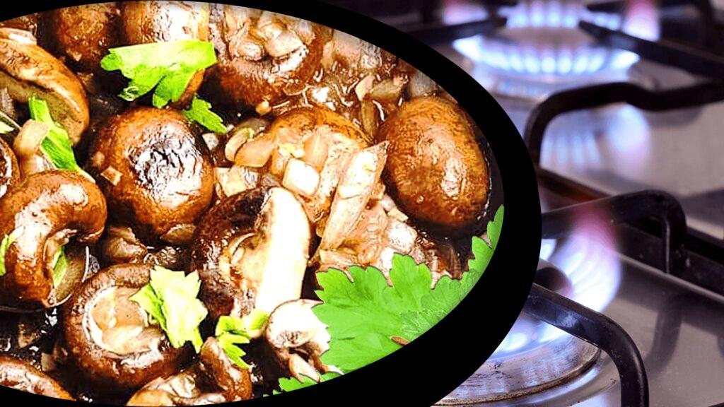 Fresh Mushroom Stew with Onions - Easy Mushroom Stew Recipe