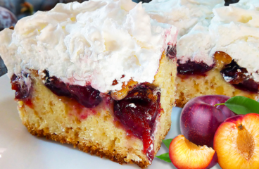 Easy Homemade Plum Cake with Meringue (Plum Cake Recipe in 19 Steps)<span class=