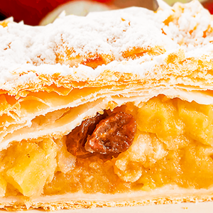 Authentic German Apple Strudel with Phyllo Pastry (Easy Apple Strudel Recipe in 17 Steps)