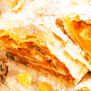 Homemade Pumpkin Strudel (Easy Pumpkin Strudel Recipe)