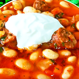 Basic Hungarian White Bean Soup (Smoked Sausage and Bean Soup Recipe in 10 Steps)