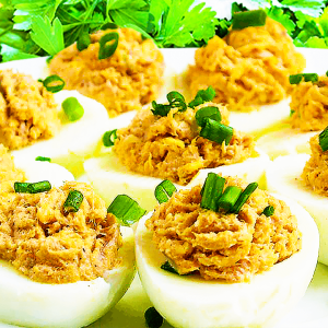 Easy Tuna Deviled Eggs (Deviled Eggs Recipe in 10 Steps)