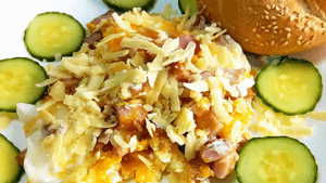 Easy Scrambled Eggs Recipe with Ham and Cheese