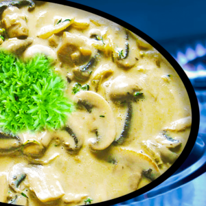 Easy Creamy Mushroom Sauce (How to Make a Mushroom Sauce Recipe in 8 Steps)