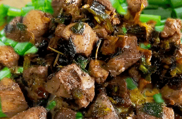 Easy Fried Lamb Liver with Green Onions (Lamb Liver Recipe in 6 Steps)<span class=