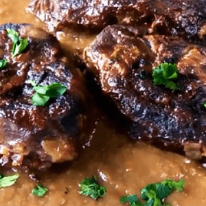 Roasted Beef with Wine (Best Slow Roast Beef Recipe)