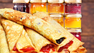 Old-Fashioned Jam Crepes