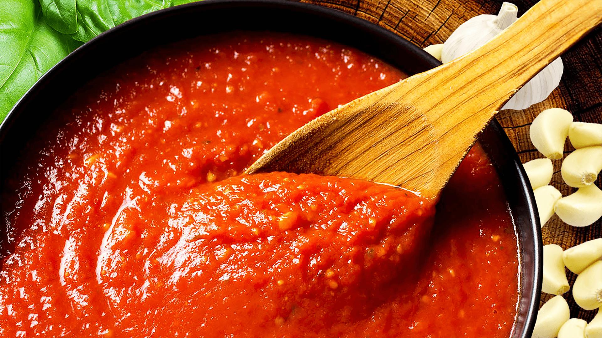 Roasted Garlic Tomato Sauce - Easy Marinara Sauce Recipe