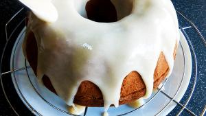 Easy Vanilla Frosting Recipe for Cake