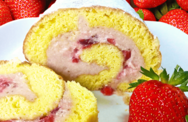 Easy Fresh Strawberry Cake Recipe (Strawberry Cream Cake in 29 Steps)<span class=