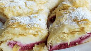 Raspberry Vanilla Strudel ✅ Easy Strudel Recipe #1