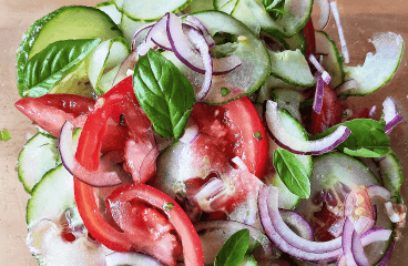 Basic Cucumber Tomato Onion Salad (Cucumber Salad Recipe in 8 Steps)<span class=