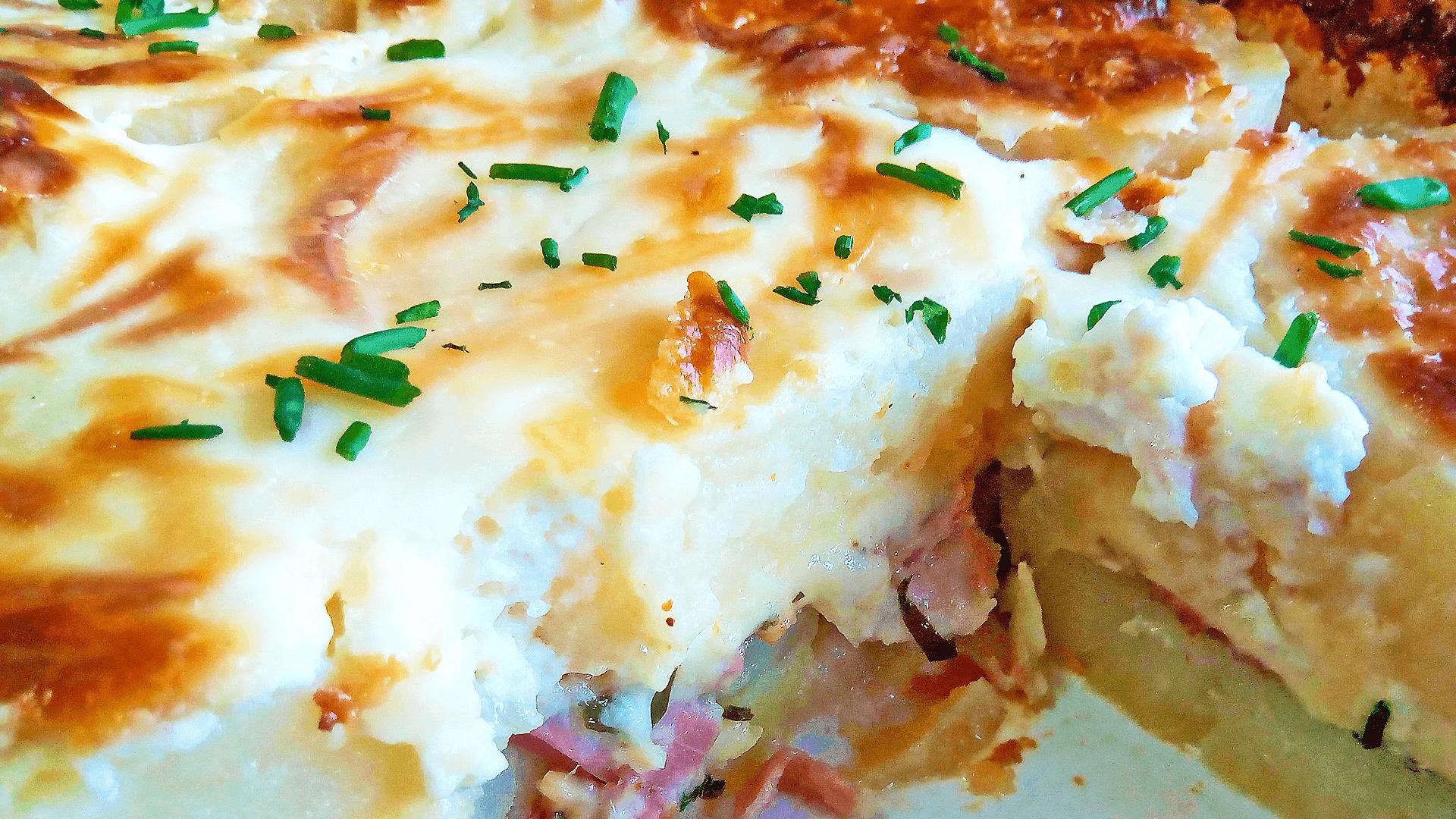 Easy Potato Gratin Savoyard (Potato Bake Recipe with Bacon)