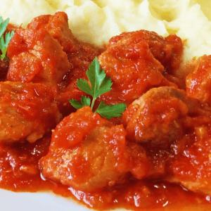 Delicious Tomato Pork Stew (Diced Pork Shoulder Recipe in 15 Steps)