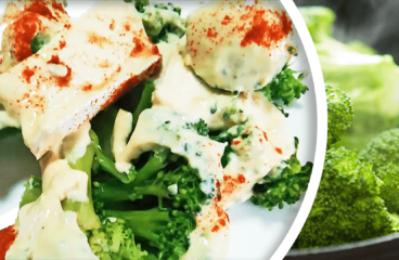Easy Broccoli Salad Recipe with Yogurt & Cheese in 9 Steps<span class=